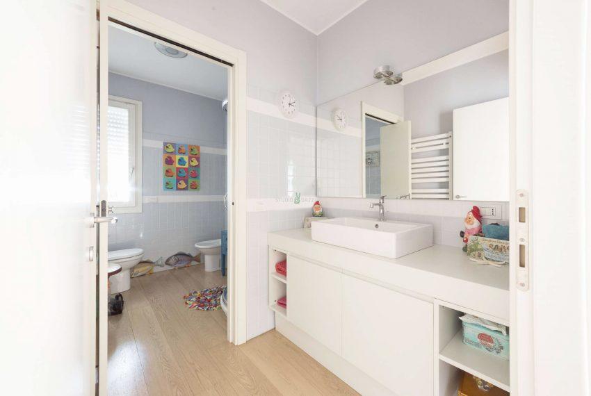 04878_appartamento-vendita-milano-via-antonini-zona-ripamonti-M_2000x1500_Q60